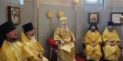 В день памяти Святителя Тихона, патриарха Московского и всея Руси, епископ Великолукский…