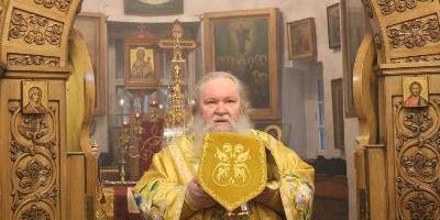 Епископ Великолукский и Невельский Сергий совершил Божественную Литургию в Свято-Успенском…