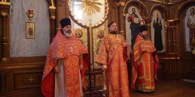В день собора новомучеников и исповедников Церкви Русской, епископ Великолукский…