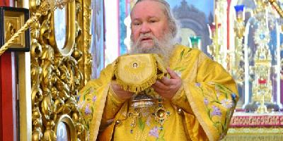 В День памяти Собора Всех Святых, в земле Русской просиявших, епископ Великолукский…