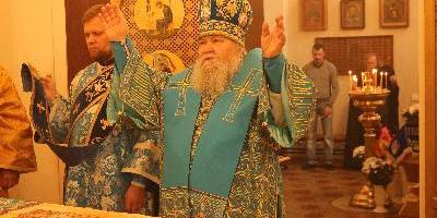 Епископ Сергий совершил Божественную литургию в храме Успения Божией Матери Архиерейского…